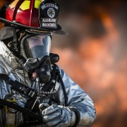 firefighter-752540_1280